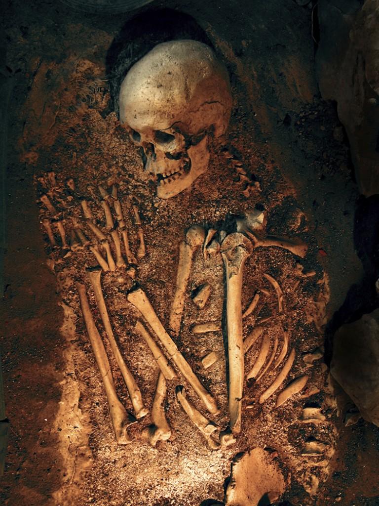A Dead Man's Bones